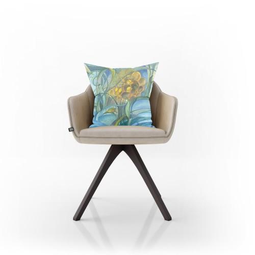 """Dekoratyvinė pagalvėlė """"Miega bitės"""""""