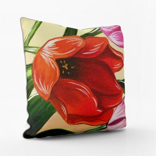 """Dekoratyvinė pagalvėlė - paveikslas """"Tulpės žiedas"""""""